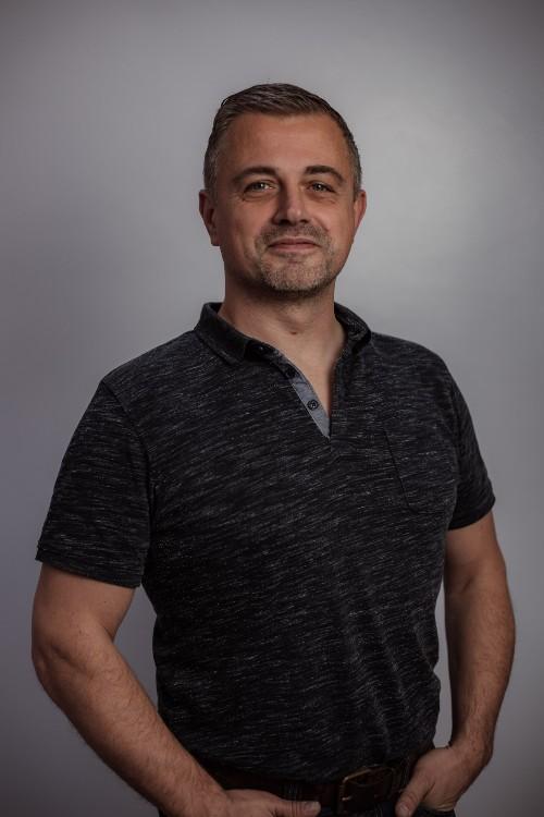 Yoga docent Rene van der Horst